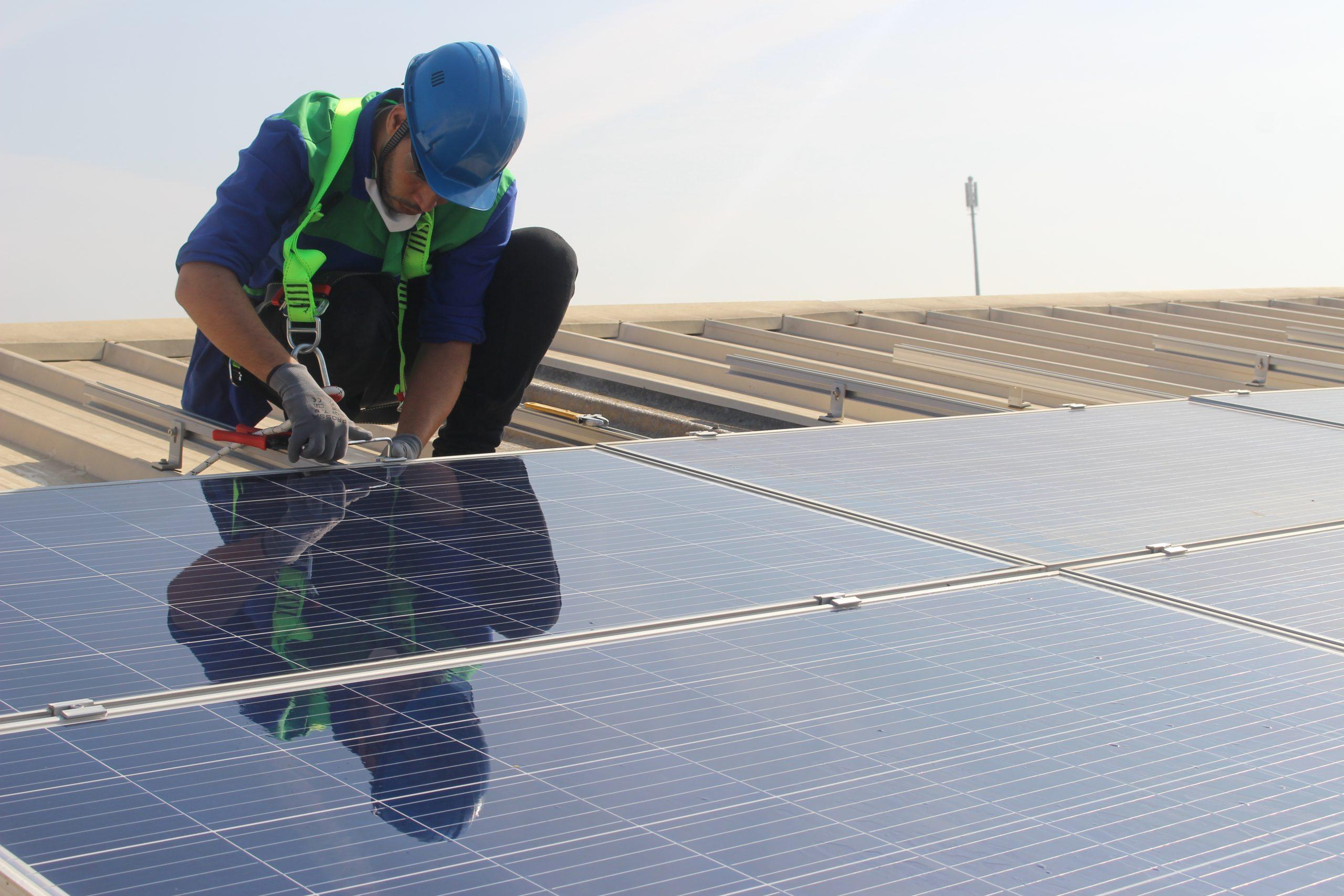 Installation-panneaux-solaire